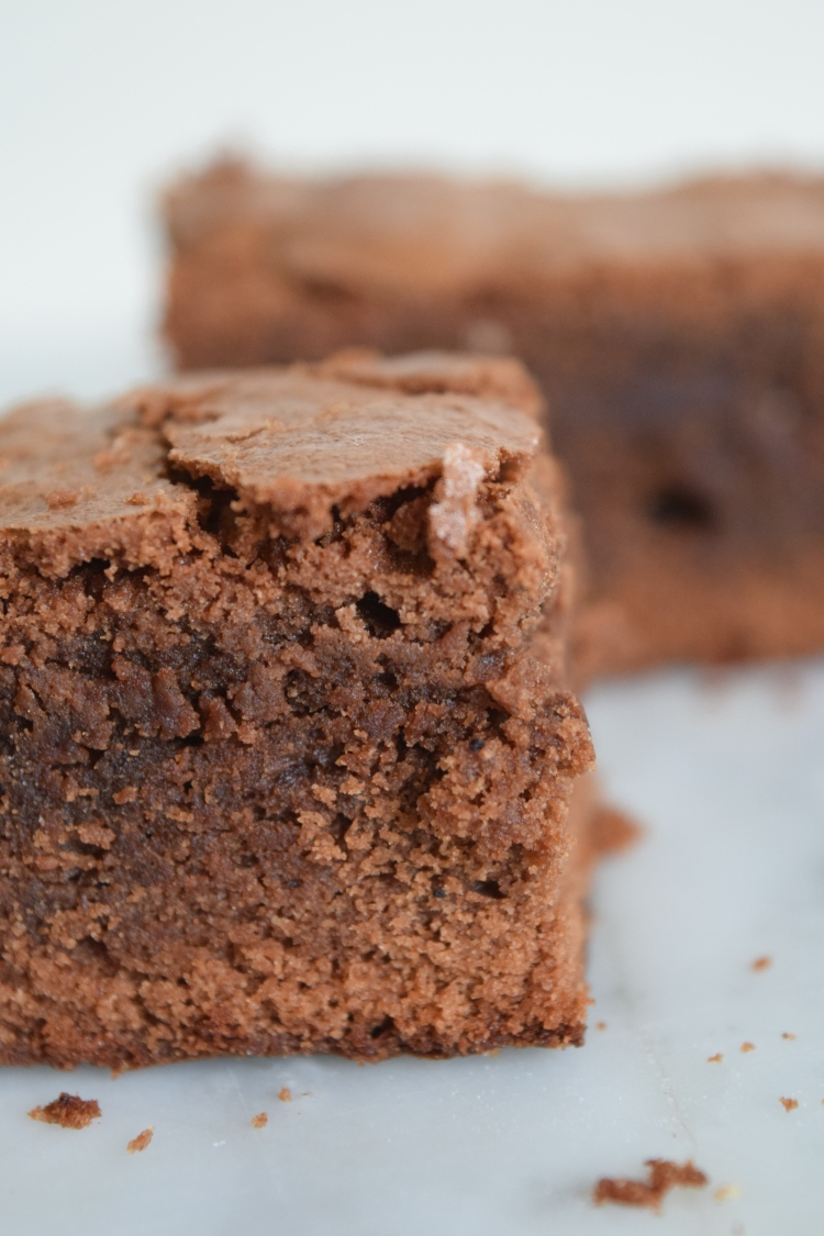 No-Fuss Brownies - abagofflour.com