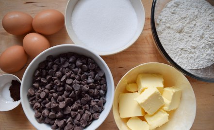 No-Fuss Brownies - abagofflour.com