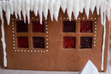 Gingerbread House | abagofflour.com