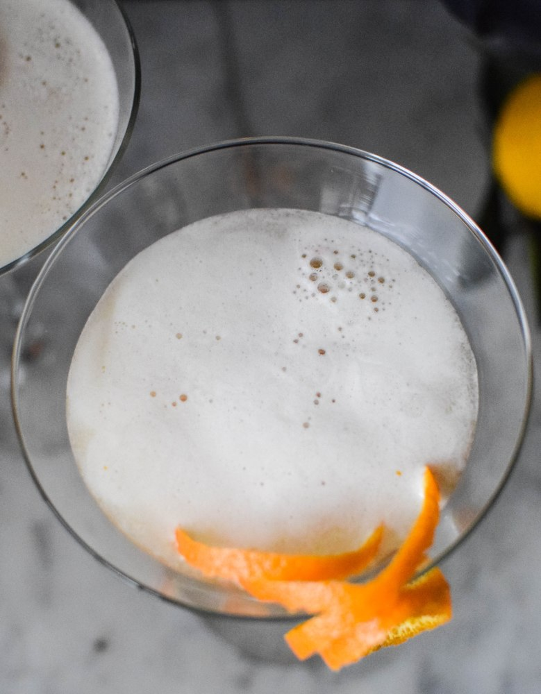 Not-so-sour Boston Sour | abagofflour.com