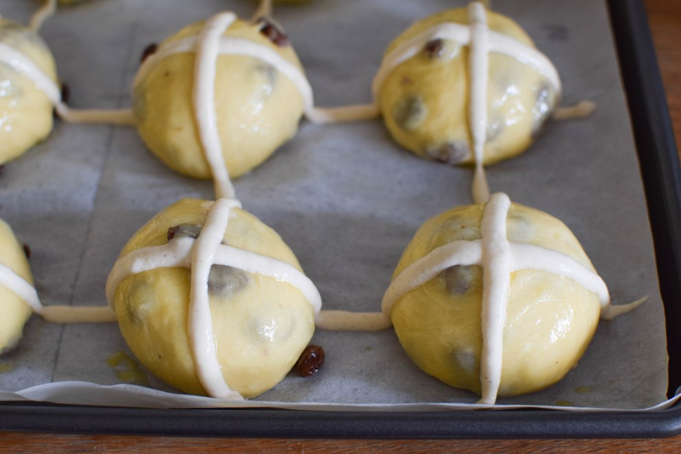 Hot Cross Buns | abagofflour.com